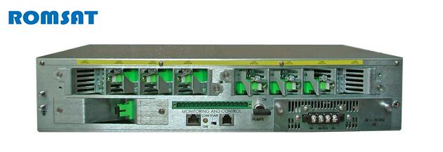 Вид задней панели мощного оптического усилителя на 1550 нм | romsat.ua